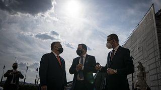 Orbán Matteo Salvinivel és Mateusz Morawieckivel áprilisban, Budapesten