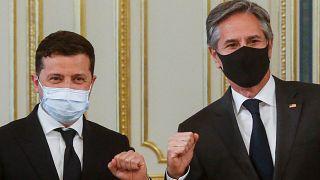 Volodimir Zelenszkij ukrán elnök és Antony Blinken amerikai külügyminiszter