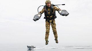 استفاده از تجهیزات مدرن توسط نیروی سلطنتی دریایی بریتانیا