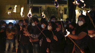 Eine Mahnwache für die Opfer von Polizeigewalt in Bogotá