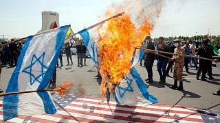 حرق علم إسرائيل في طهران اليوم