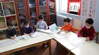 Türk Tabipleri Birliği: Pandemi döneminde okullar tekrar açılsın