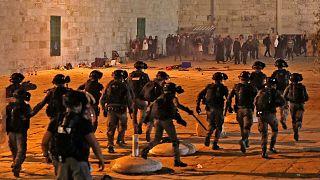تظاهرات در صحن مسجدالاقصی