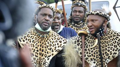 South Africa's Zulu king says violence brings shame, calls for peace