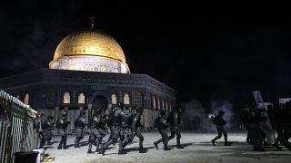 Mescid-i Aksa ve Doğu Kudüs'te İsrail polisinin müdahalesi sonucu 288 Filistinli yaralandı