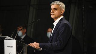 رئيس بلدية لندن العمّالي صادق خان