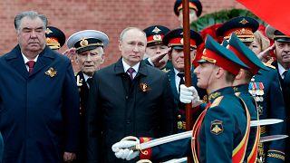 Rusya'da Sovyetler Birliği'nin 2. Dünya Savaşı'nda Nazi Almanyası'na karşı zafer kazanmasının 76. yıl dönümünü kutlandı