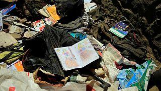 آثار التفجير الدامي الذي وقع بالقرب من مدرسة في كابول ، الأحد 9 مايو 2021