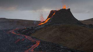 Islanda: il cambiamento del vulcano, ora sembra un geyser