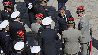 Эммануэль Макрон на встрече с генералами французской армии.