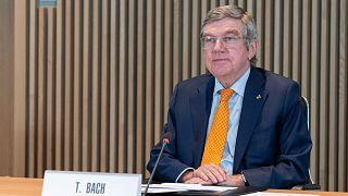 رئيس اللجنة الأولمبية الدولية توماس باخ يحضر اجتماع المجلس التنفيذي للجنة الأولمبية الدولية بشأن أولمبياد طوكيو في لوزان، سويسرا، 27 يناير 2021