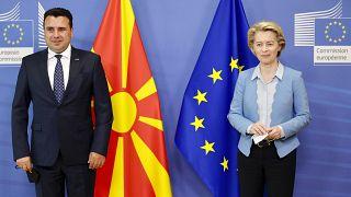az észak-macedón miniszterelnök az Európai Bizottság elnökével Brüsszelben