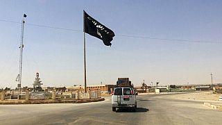 عکسی از شهر راوه عراق  در زمان تصرف داعش در سال ۲۰۱۴