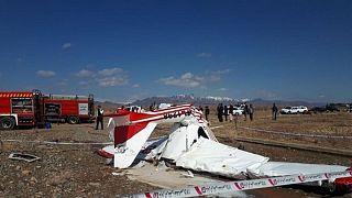 سقوط هواپیمای سبک در فرودگاه اراک