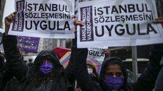 Türkiye'nin İstanbul Sözleşmesi'nden çıkmasına tepkiler