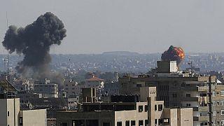 Panorámica de la ciudad de Gaza durante los ataques del Ejército israelí