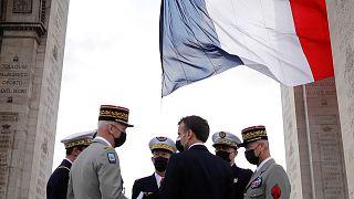 Fransız generaller ve Macron
