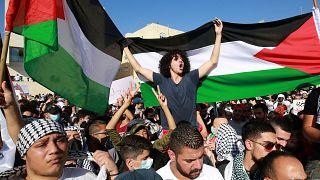 """مظاهرة في العاصمة الأردنية، عمّان، للتنديد بـ""""العدوان الإسرائيلي"""" على القدس الشرقية وقطاع غزة"""