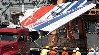 Φωτογραφία από τα συντρίμια του αεροσκάφους που έπεσε το 2009