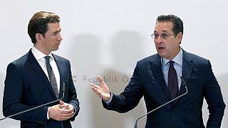 Österreichs Kanzler Sebastian Kurz mit dem ehemaligen Vize-Kanzler Heinz-Christian Strache, 04.12.2018