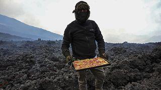 Un four de lave pour cuire sa pizza