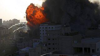 Rakétákkal lőtték Izraelt a Gázai övezetből, Izrael légicsapással válaszolt