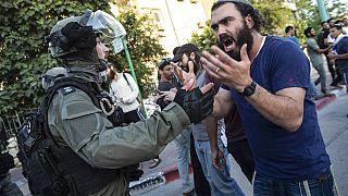 Enfrentamientos de militantes de extrema derecha con policías y árabes israelíes en Lod, Israel