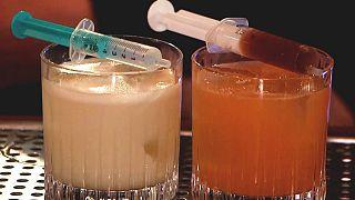 Cocktails in einer Bar in Zagreb