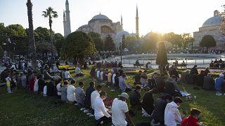 Κωνσταντινούπολη: Γιόρτασαν το Ιντ αλ-φιτρ στην Αγιά Σοφιά