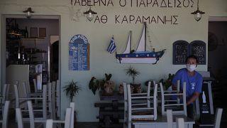 Yunanistan'da turizm sezonu açıldı