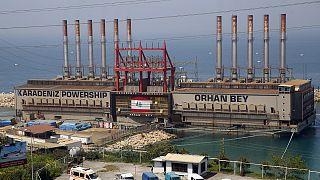 Dünyanın en büyük yüzer enerji santrali filolarından birine sahip Türk şirket Karadeniz Holding'e ait Orhan Bey gemisi