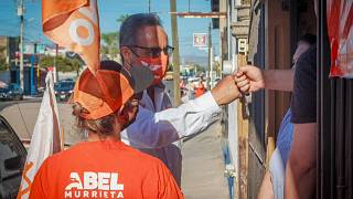 El candidato del partido Movimiento Ciudadano a la alcaldía de Cajeme, Abel Murrieta, recibió al menos 10 tiros por un grupo de hombres.