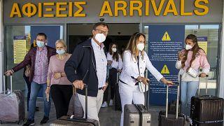 """Первые """"сезонные"""" туристы в Греции"""