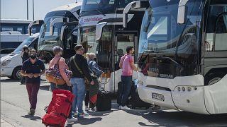 آغاز فصل گردشگری؛ مسافران خارجی رفته رفته وارد یونان میشوند