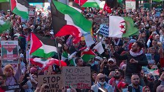 شاهد: الآلاف يتظاهرون في سيدني الأسترالية دعماً للفلسطينيين