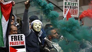 مظاهرات في لندن للتنديد بالعنف المستمر في الشرق الأوسط