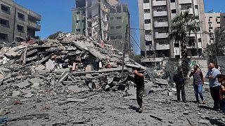 حملات هوایی اسرائيل ساختمانهای بسیاری را در غزه با خاک یکسان کرده است