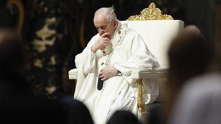 """Le pape François se dit """"très inquiet"""" de la situation au Proche-Orient - Basilique St-Pierre (Vatican), le 16/05/2021"""