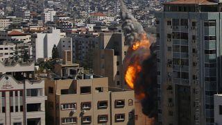 """Tag 8: Israel setzt Kämpfe in Gaza mit """"unverminderter Härte"""" fort"""