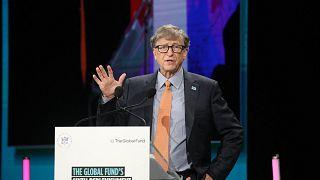 بيل غيتس يلقي كلمة في مؤتمر الصندوق العالمي لمكافحة فيروس نقص المناعة البشرية والسل والملاريا، ليون، وسط شرق فرنسا، 10 أكتوبر 2019