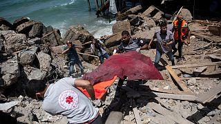 Destruição em Gaza após os bombardeamentos israelitas