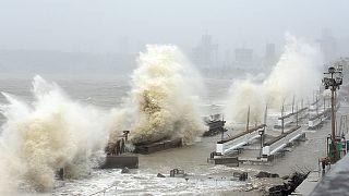 O ciclone Tauktae está a chegar à costa ocidental da Índia