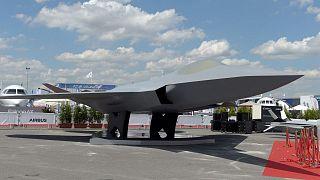 مدلی از جنگنده طرح «سامانه نبرد هوایی آینده» که در سال ۲۰۱۹ به نمایش درآمد