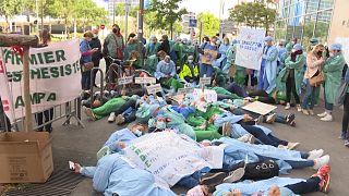 پرستاران بیهوشی فرانسوی: مسئولان ما را خواب میکنند