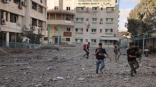 Auf der Flucht vor Luftangriffen in Gaza