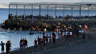 ورود مهاجران مراکشی به شهر سئوتای اسپانیا