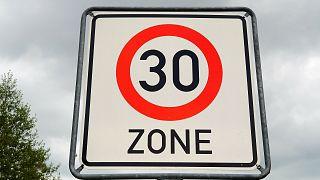 Speed limit zone