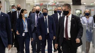Σύσκεψη για τον τουρισμό στο αεροδρόμιο Λάρνακας στην Κύπρο