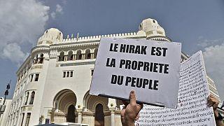 Algérie : au moins 30 manifestants condamnés, la répression se durçit