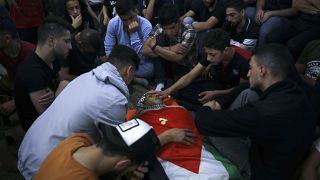 Funerales por uno de los palestinos fallecidos en los bombardeos del Ejército israelí